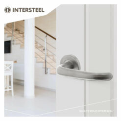 Intersteel deurklink Sabel op rozet met 7 mm nok INOX geborsteld - Sfeerbeeld